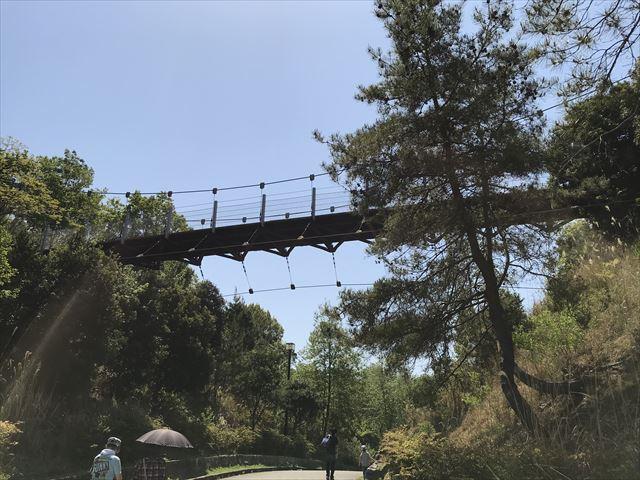 錦織公園「峠のつり橋」