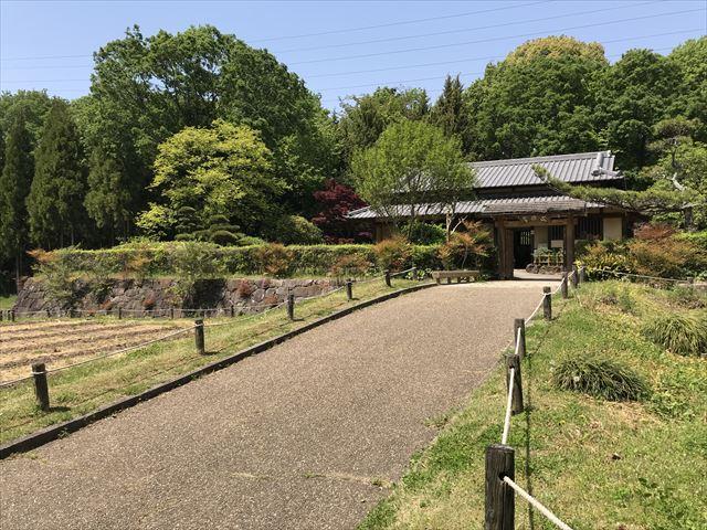錦織公園「河内の里」の里の家