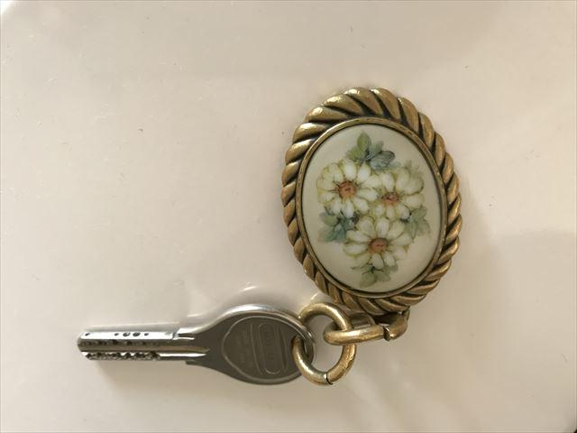 「ホテルラスイート神戸ハーバーランド」エグゼクティブスーペリアダブル(和室あり)。おしゃれな部屋の鍵