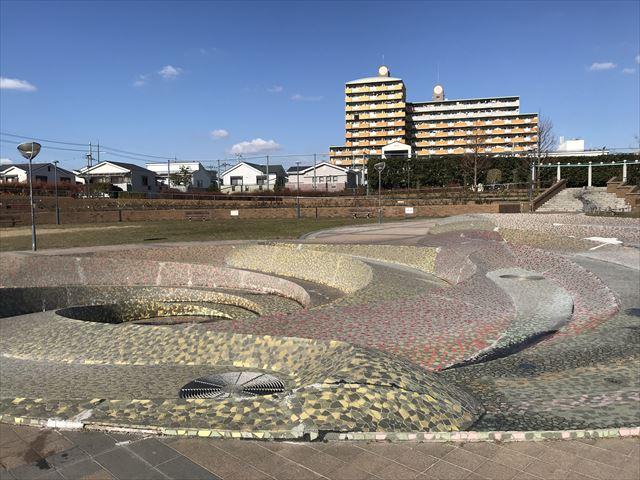 松原「新町南公園」水遊びができる噴水エリア