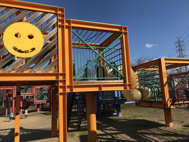 松原市「新町南公園」の大型遊具