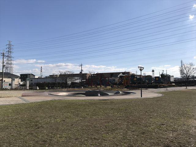 松原「新町南公園」芝生広場