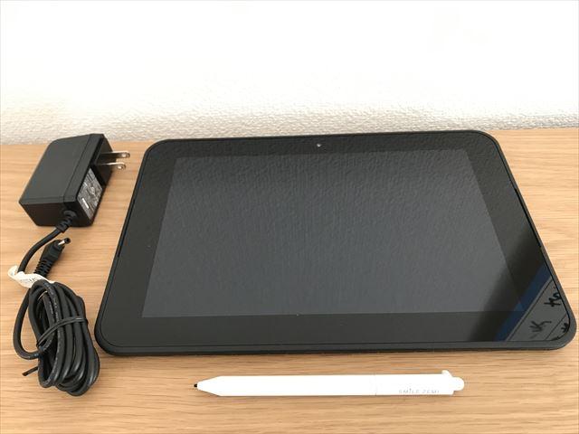 通信教育「スマイルゼミ」のタブレット、専用ペン、充電コード