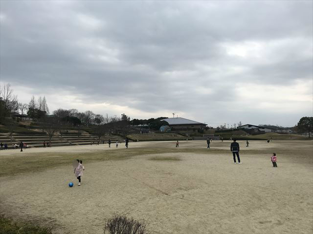 竹取公園の芝生広場