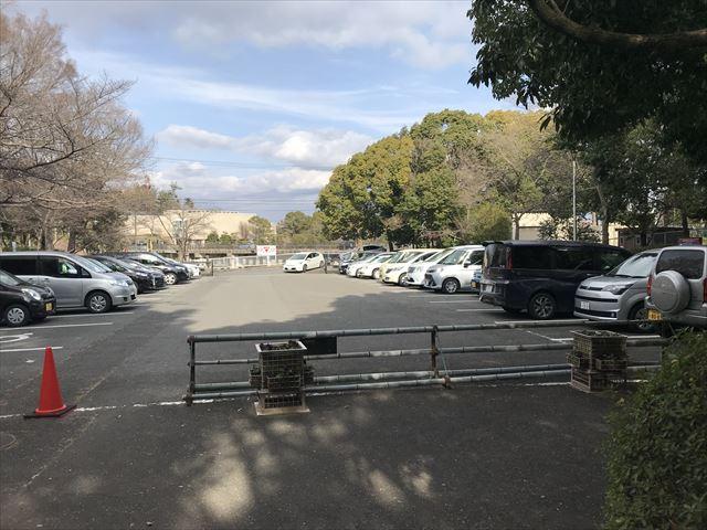 大渕池公園・西地区の駐車場