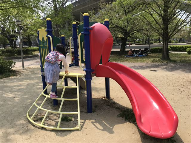 城北公園の遊具、大池東側ゾーンにある幼児向け遊具