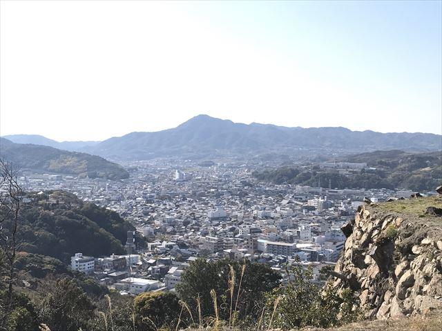 洲本城搦手口付近から見える景色