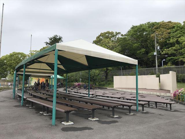 天王寺動物園の多目的広場