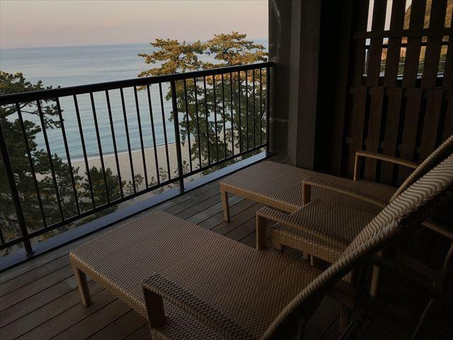 「夢海游 淡路島」貸切家族風呂「夢海」テレスからの眺め