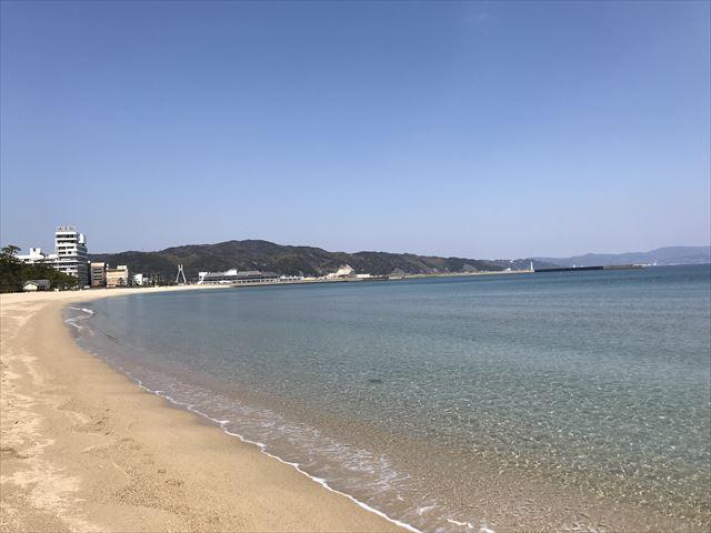 大浜海水浴場と綺麗な海