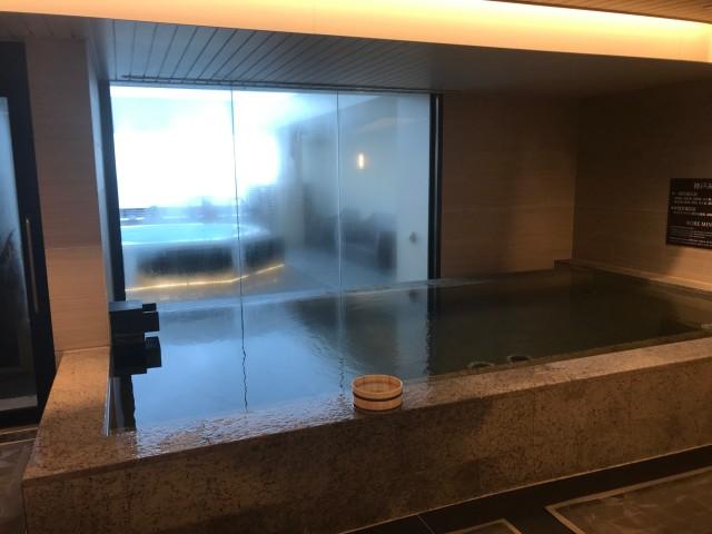 「神戸みなと温泉 蓮」展望大浴場