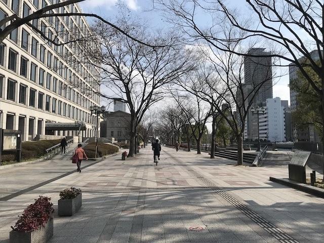 淀屋橋駅から中之島を歩く