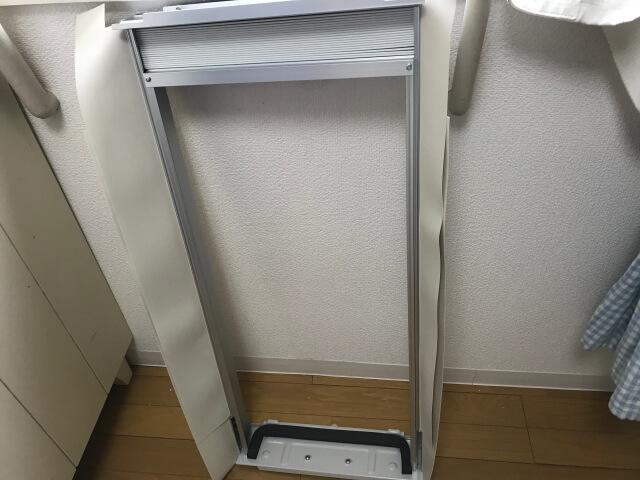 コロナ窓用エアコンの取付枠と戸側パッキン