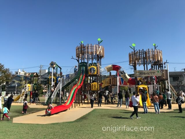 大枝公園の複合遊具「大枝のとりで」