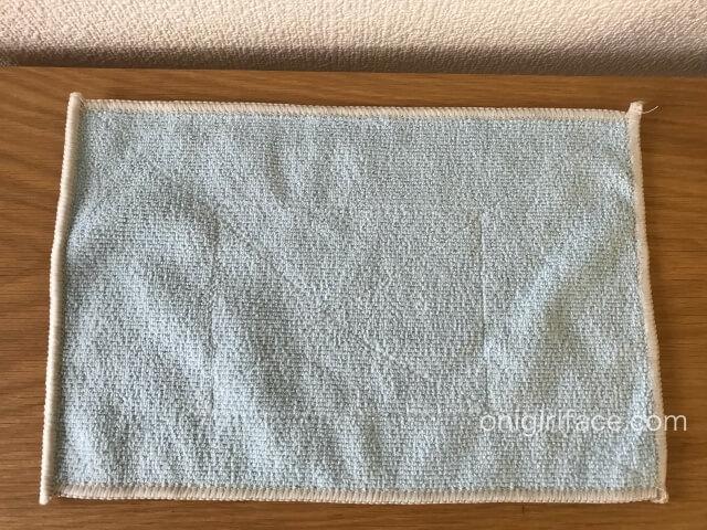 100均セリア(Seria)「マイクロファイバー雑巾2枚入り」