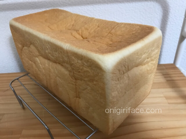 「銀座に志かわ」高級食パン