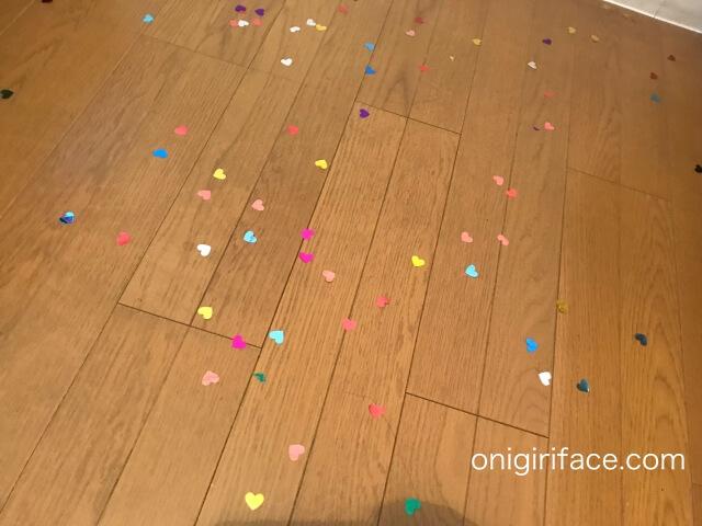 ダイソー誕生日パーティーグッズ「コンフェッティバルーン」(ハート型・3個入り)すぐ割れてしまった